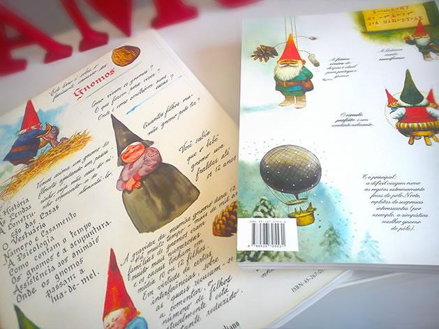 Verso dos Livros Gnomos e O Livro Secreto dos Gnomos.