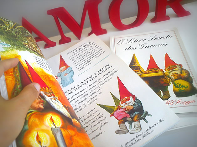 Livros Gnomos e O Livro Secreto dos Gnomos.