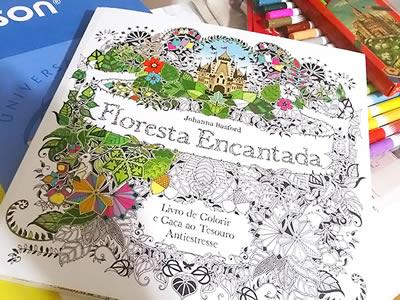 Floresta Encantada: Livro de Colorir e Caça ao Tesouro