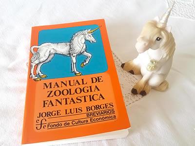 Livro Manual de Zoología Fantástica